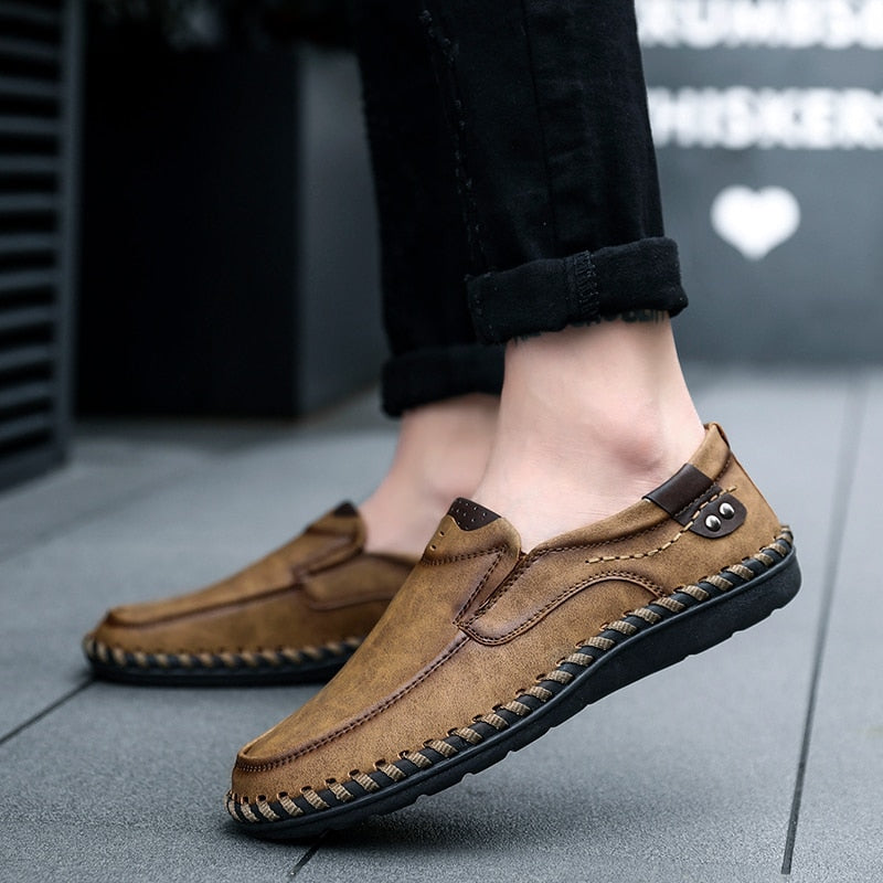 ad23e79a58d Men Casual Driving Shoes 2019 Leather Loafers Shoes Men Fashion Handmade  Soft Breathable Moccasins Flats Slip ...