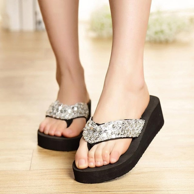 5915c743281a ... 2018 1Pair Comfortable Summer Soft Women Wedge Sandals Sequin Thong Mid  Heels Platform Slippers