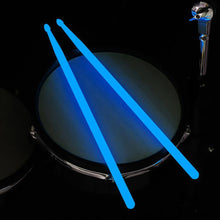2020 Cool LED Light Professional Drum Sticks Drum Bar Shining On The Dark Stage Performance Luminous Drumsticks Drum Accessories
