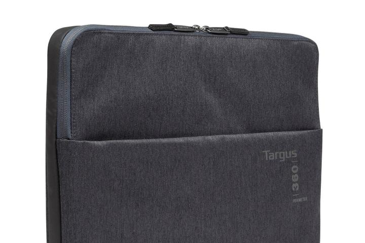Targus protective sleeve in black