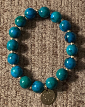 BE ONE. BE KIND. AQUA LAPIS BRACELET WITH GOLD GLASS BEADS