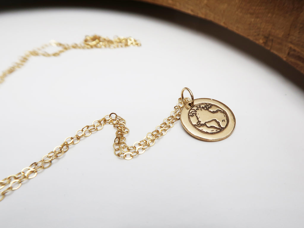 BE ONE. BE KIND. GOLD CHARM NECKLACE