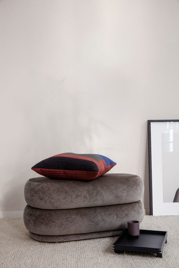 Ferm Living Pouf Oval - Faded Velvet - Medium