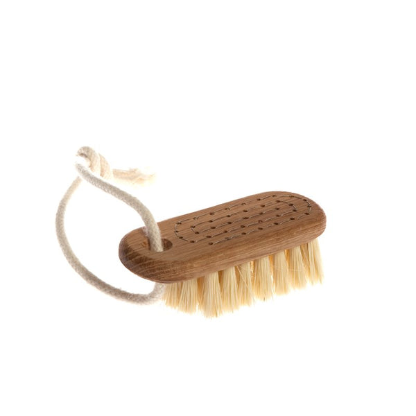 Iris Hantverk Lovisa Nail Brush On Rope