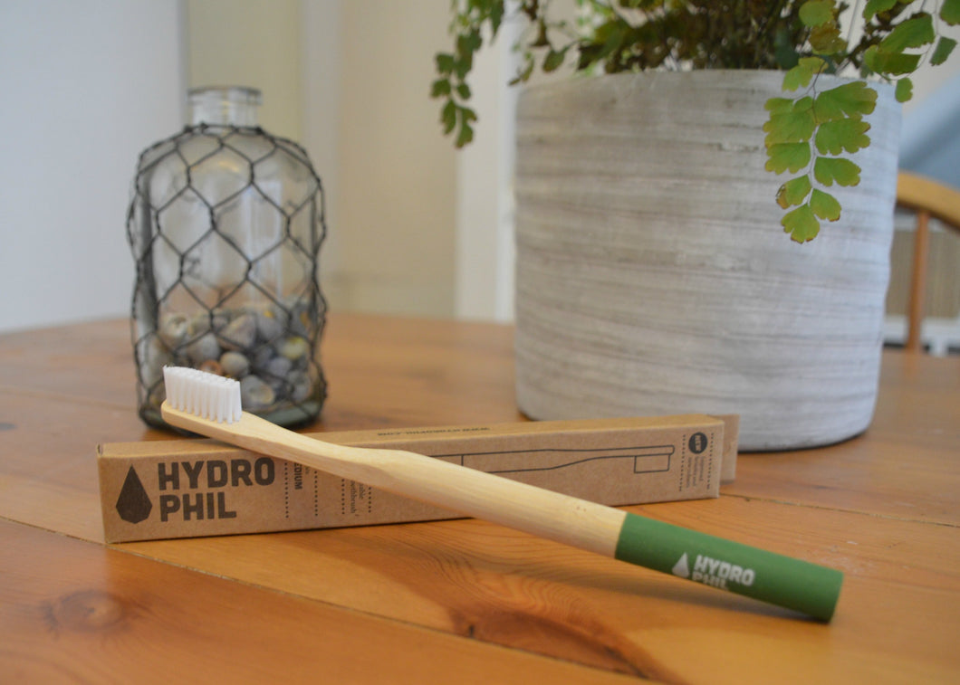 Sustainable Bamboo Toothbrush - Medium Bristle Green