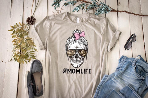 #Momlife Graphic Tee