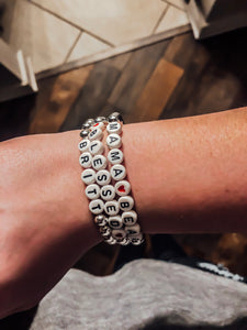 Mama Bear Bead Stretch Bracelet