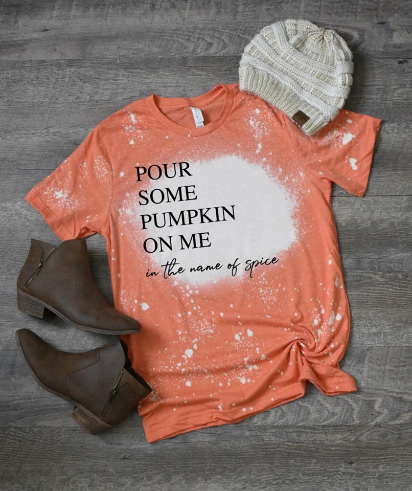 POUR SOME PUMPKIN ON ME SPLATTER GRAPHIC TEE