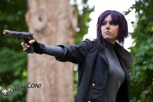 Show Us Your Moves: Lyddi Design Costumes Cosplays as Motoko Kusanagi from Ghost in the Shell!