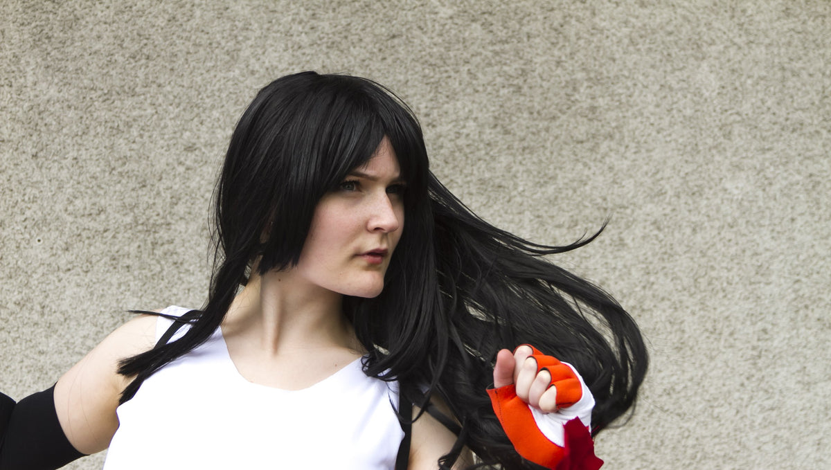 Show Us Your Moves: Jen Cosplays Tifa from Final Fantasy VII!