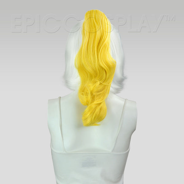 "20"" Rich Butterscotch Blonde Wavy Curly Ponytail Clipon"