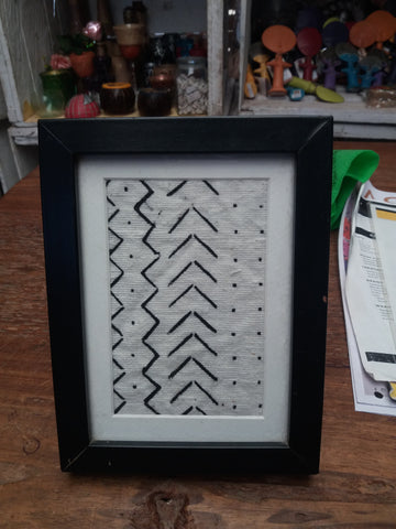 Mud cloth frame