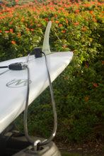 Load image into Gallery viewer, Surf-board-lock is a surfboard lock designed to lock surfboards. It can also be used as a SUP lock for stand-up-paddle-boards, a standup paddleboard lock. Board lock secures surf board to vehicle. surf surfer surflock surfing waves ocean hangloos