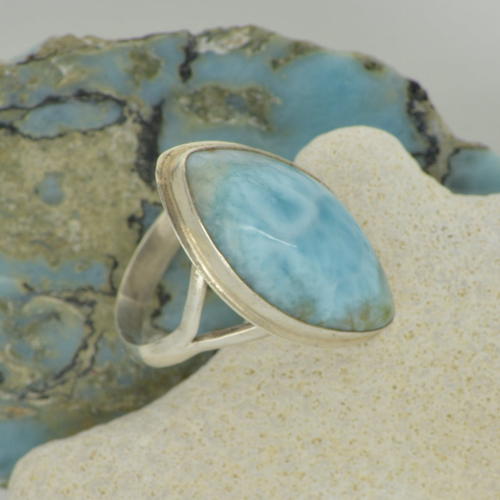 Large Larimar Ring Size 9    7.7g