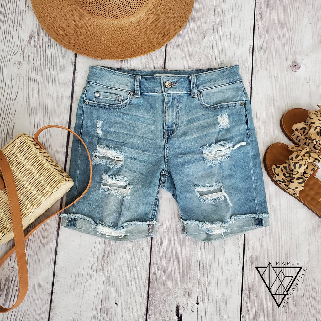 Pretty Mama Bermuda Shorts
