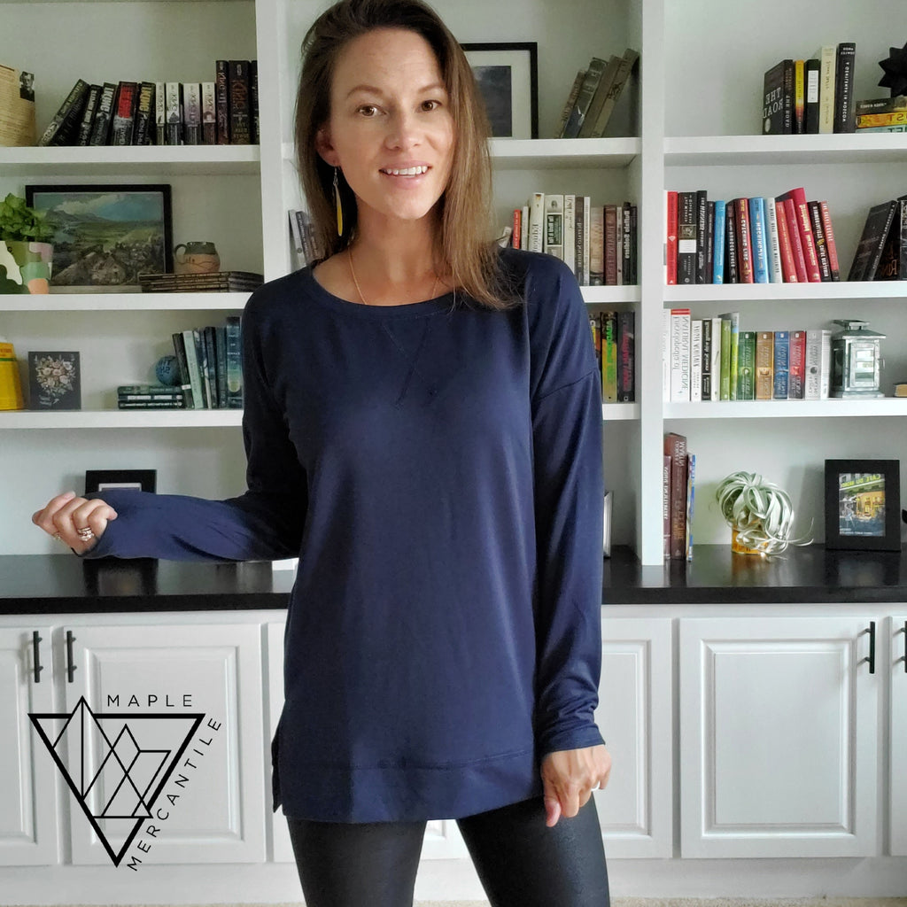 Side Split Pullover - Navy