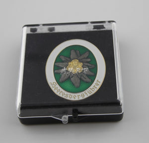 German Mountain Division Edelweiss Badge Cosplay Movie Props Replica With Box