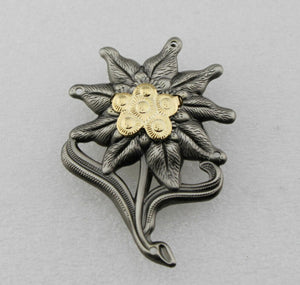 WWII German Officer Edelweiss Mountain Cap Badge Insignia Replica Movie Props