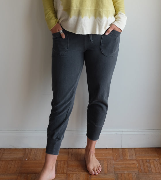Wilt Cropped Twisted Pocket Jogger