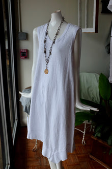 Wilt Mixed Double Layer Sleeveless Shift in White