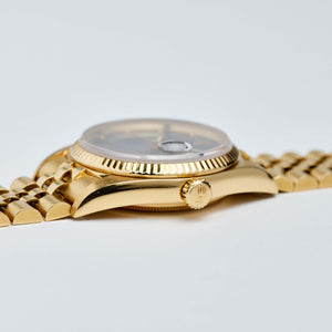 Rolex 18K Yellow Gold Oyster Perpetual Blue Buckley Datejust Vintage Watch | Veralet