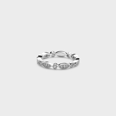 white gold antique style diamond ring