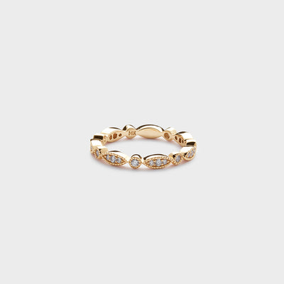 yellow gold antique style diamond ring