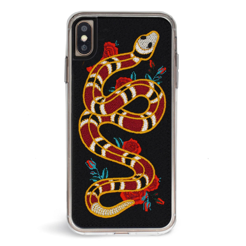 "Coque IPhone Cuir Et Broderies ""Strike"" - blushconceptstore"