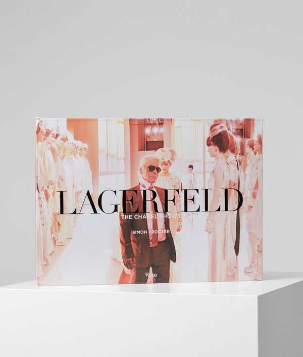 "Livre ""Karl Lagerfeld - The Chanel Shows"""
