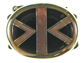 5-Strand Brown Lip & Black Shell Oval Clasp