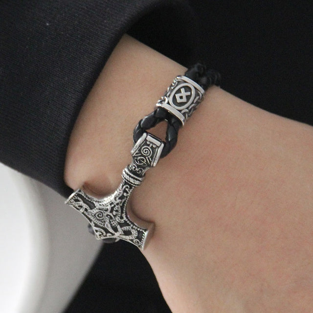 Viking Thor's hammer Leather Bracelet. - All the best