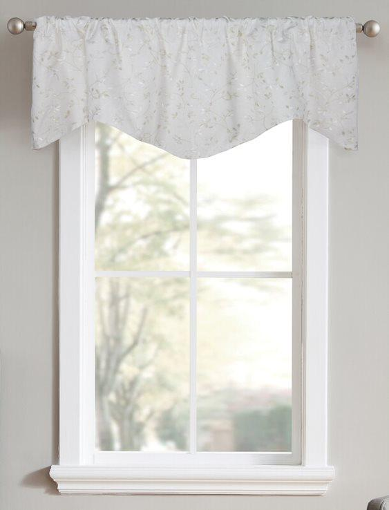 Gated Manor Shaped Valance in Bone