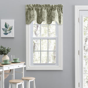 Lexington Leaf Scallop Valance