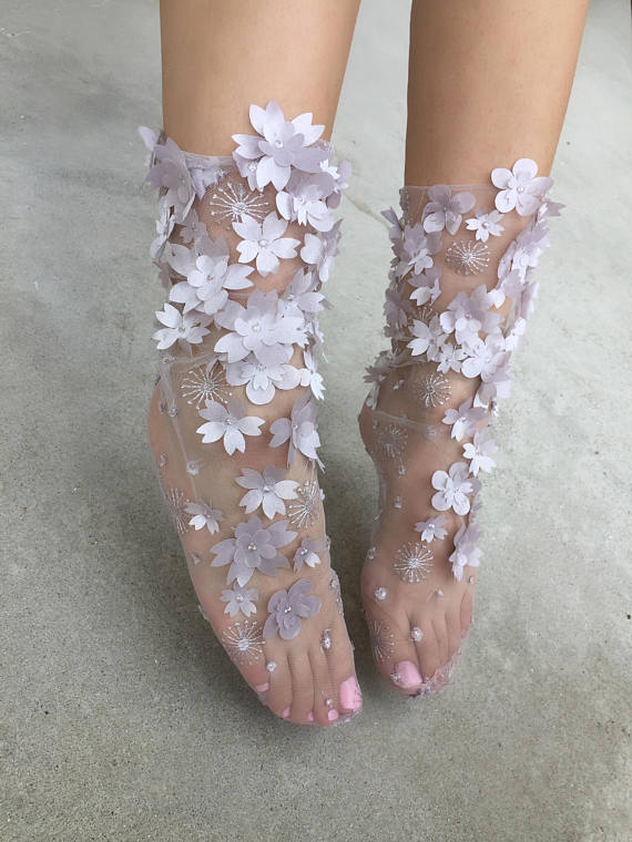Flowery tulle socks (available in 2 colors)