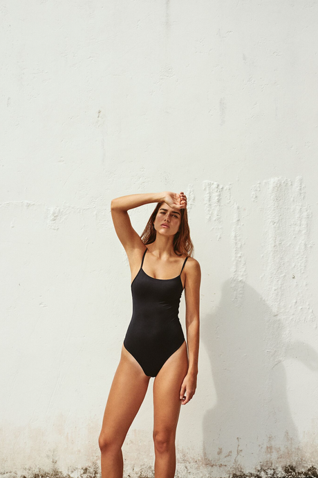 BASIC SWIMSUIT NEGRO