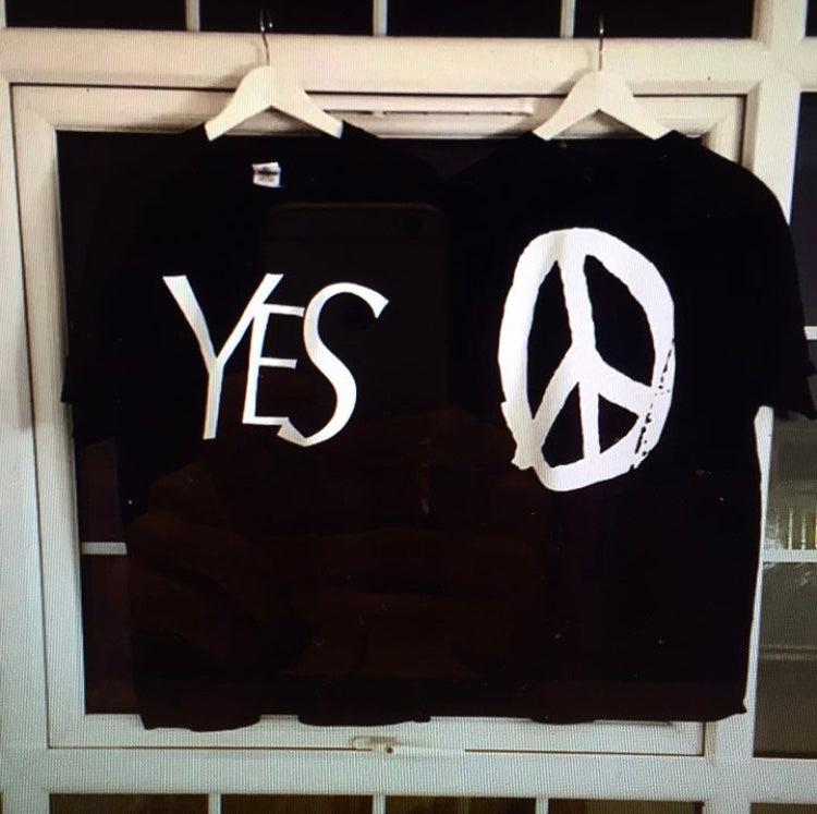 YES PEACE T-SHIRT BLACK