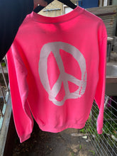 YES JUMPER NEON PINK