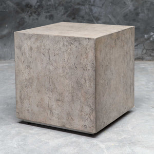 Kioni Cube Table