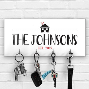 Personalised key ring holder for wall, Valentine's Day gift, Key hanger with the family name