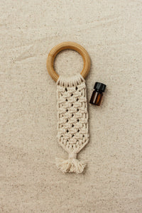 Macrame All-Natural Wooden Teether + Essential Oil Blend - POSHBEAR