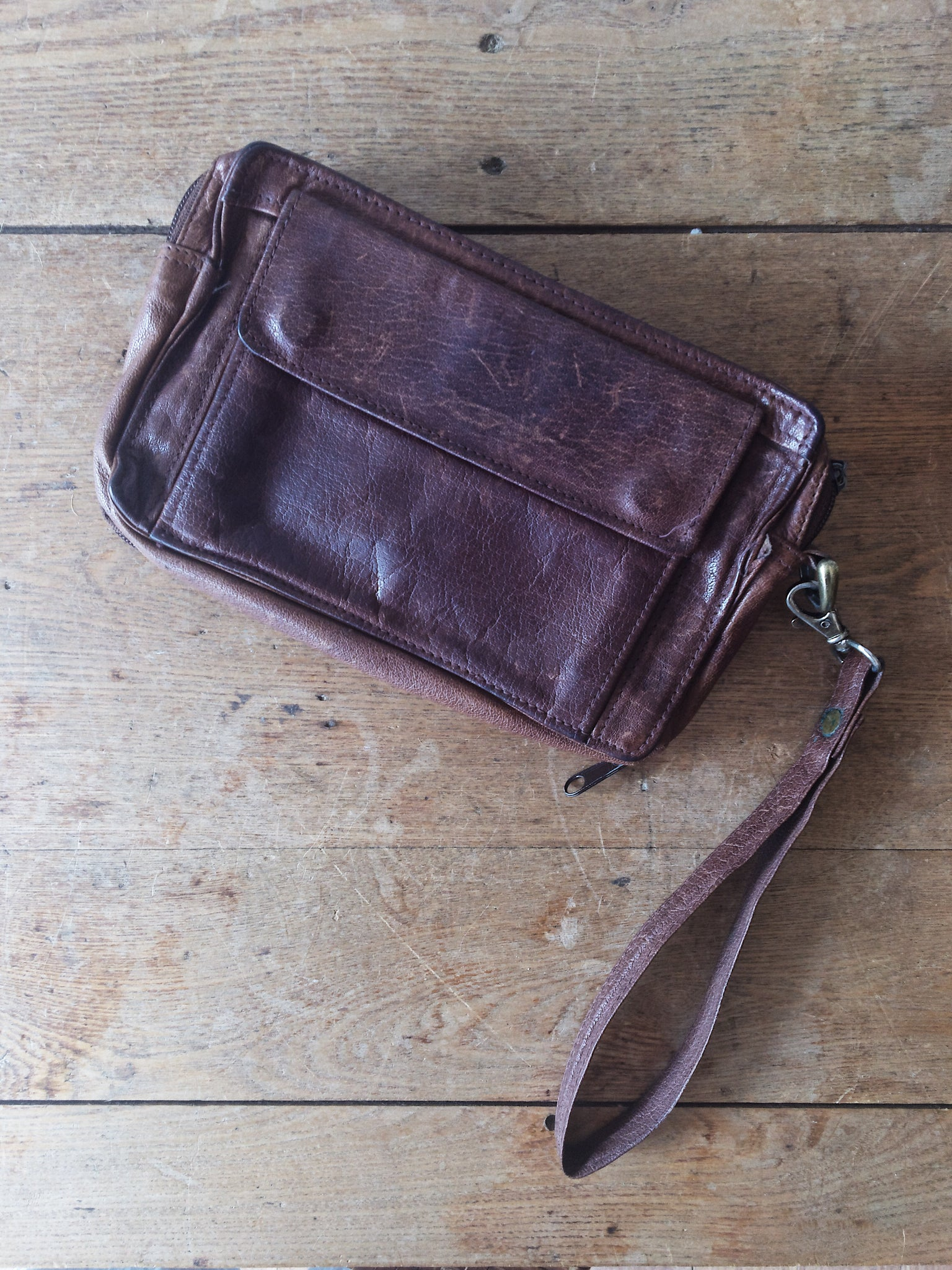 Vintage Wilson's Leather Wallet Clutch