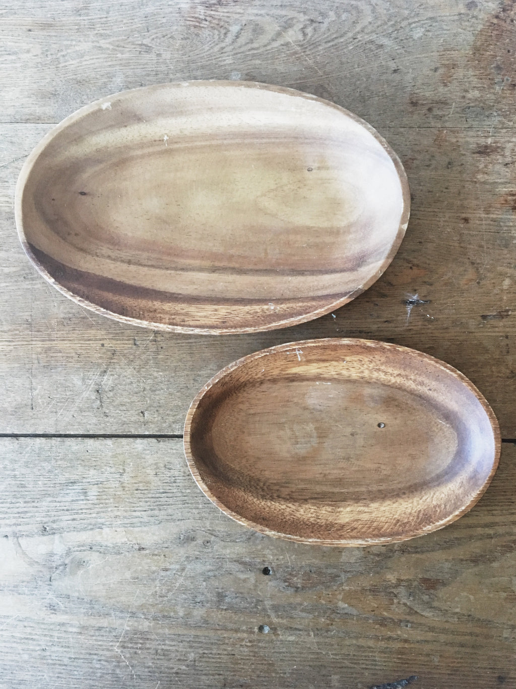Oval Wood Dishes