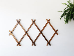 Extra Large Wood Accordion Rack