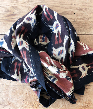 Vintage Ikat Cloth / Scarf