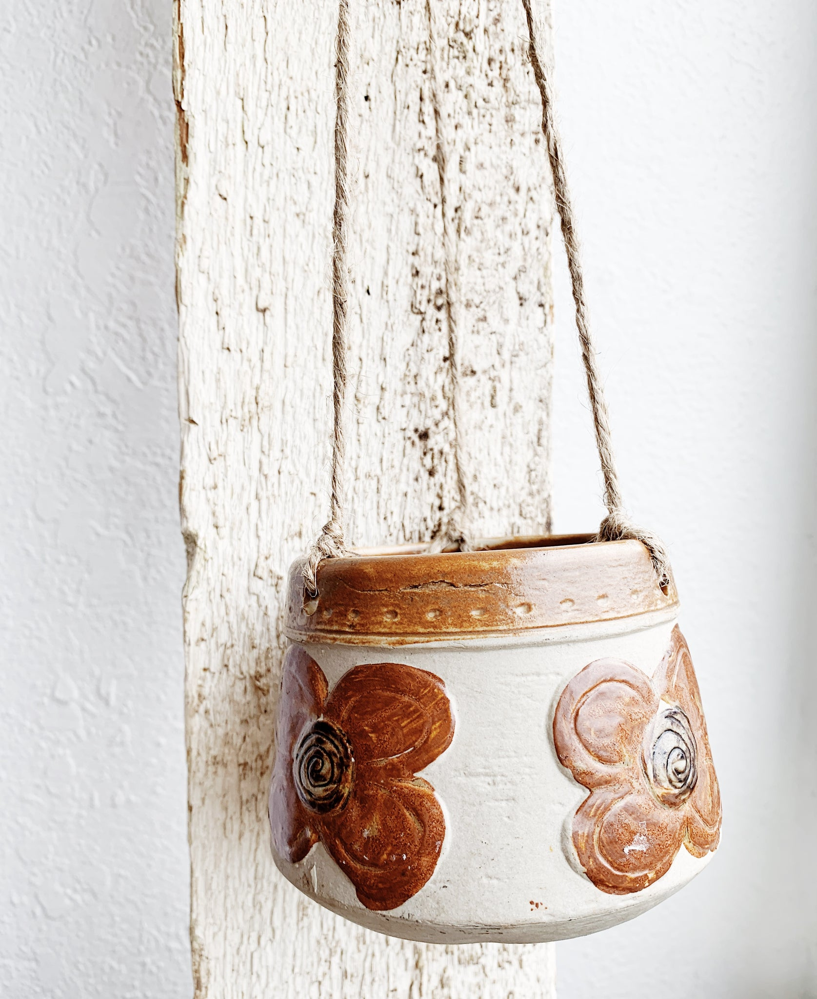 Vintage Hanging Ceramic Pot