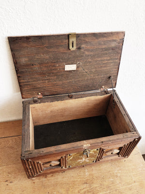 Vintage Handmade Tramp Art Box