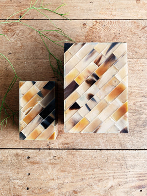 Nesting Resin and Wood Boxes