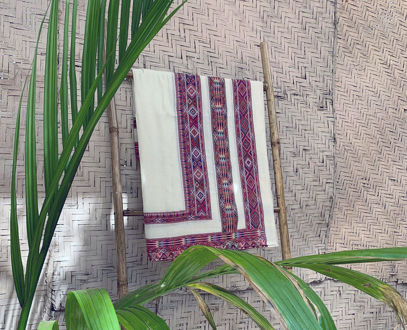 KULU SHAWL ARROW OFF-WHITE - A