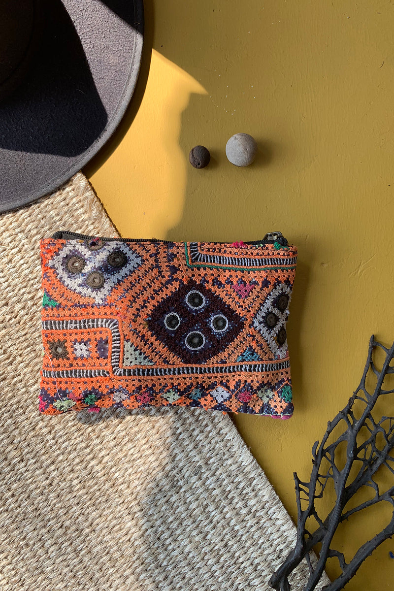 Antique Embroidered Small Wallet