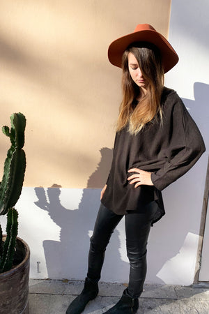 Bat Oversize Top Raw Silk Black